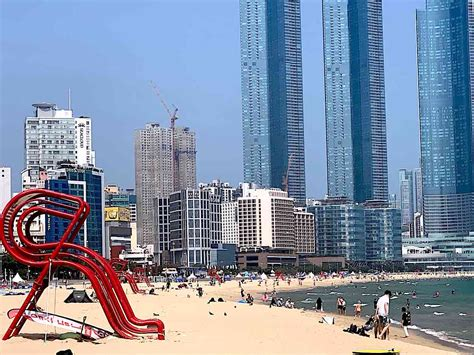 Visits to Busan's Beaches This Summer Down 58% in 2020