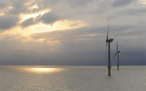 Bids go lower than expected in Germany's 1st offshore wind