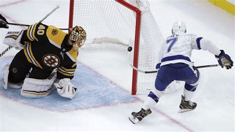 Lightning beat Boston Bruins but have problems on special