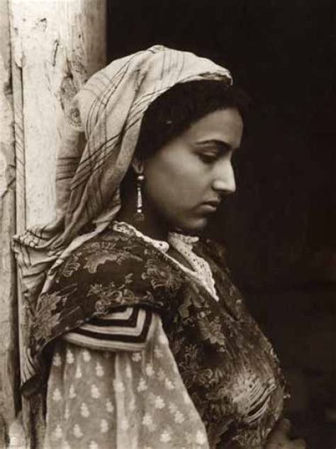 1880 To 1950 Women Portraits Of North Africa - XciteFun