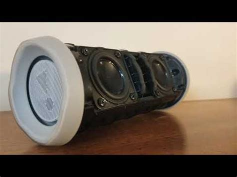 JBL Flip 4 Bass Test [Shape Of You Bass Boosted] - YouTube