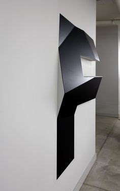 three-dimensional letter orientation toni areal 02