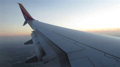 Southwest Airlines Boeing 737-800 Winglet landing at